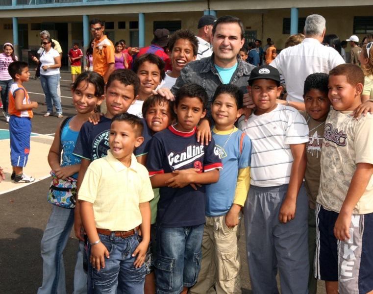 Gobernación invierte 5 millones de Bs. F. en rehabilitación del liceo Juan Antonio Sotillo de Puerto La Cruz
