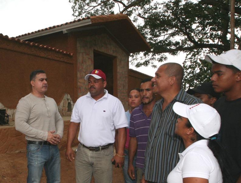 Tarek supervisó acondicionamiento y mejoras de cementerio en comunidad guanteña