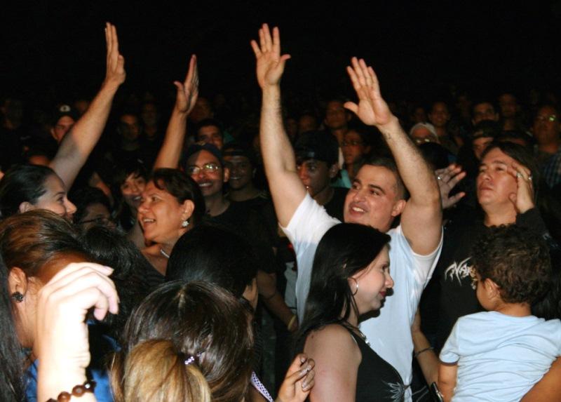 Más de 4000 jóvenes plenaron el Parque Andrés Eloy Blanco en concierto de Paul Gillman convocado por Tarek