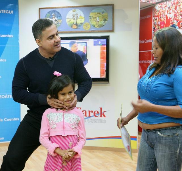 Tarek realizó XI Entrega Masiva de Ayudas Sociales del año 2011