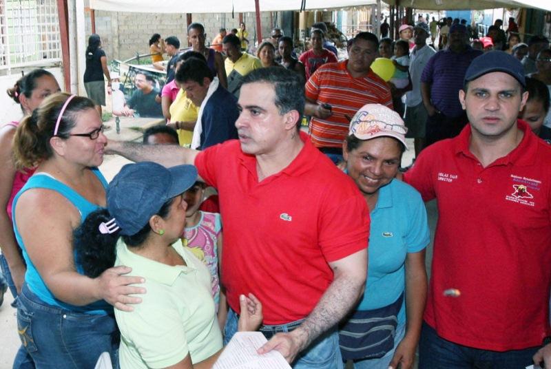 Tarek trasladó Operativo Asistencial y Alimentario en Pozuelos Arriba