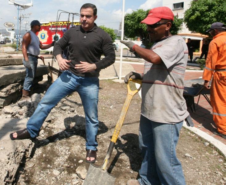 Gobernación arrancó construcción y ampliación de sistema de agua en sectores del municipio Aragua