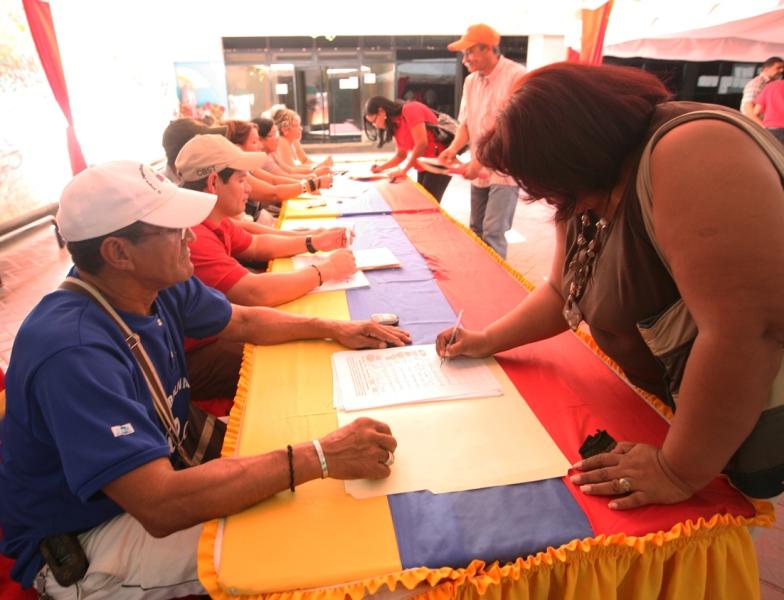 En Anzoátegui recolectan firmas en apoyo a la Nueva Ley Orgánica del Trabajo