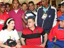 Ministra Mari Pili y Gobernador Tarek participan en acto con  la juventud