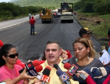 Gobernación ejecuta trabajos de rehabilitación y mejoras en la Troncal 9