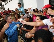 Tarek beneficia a 57 comunidades de Píritu con entrega de 700 bolsas alimentarias