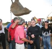 Gobernación continúa mejoramiento en la entrada de El Viñedo