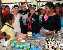 """Tarek y Mercal celebraron Segundo Gran """"Hallacazo Bolivariano"""""""