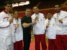 Tarek premia a primeros medallistas anzoatiguenses en Taekwondo