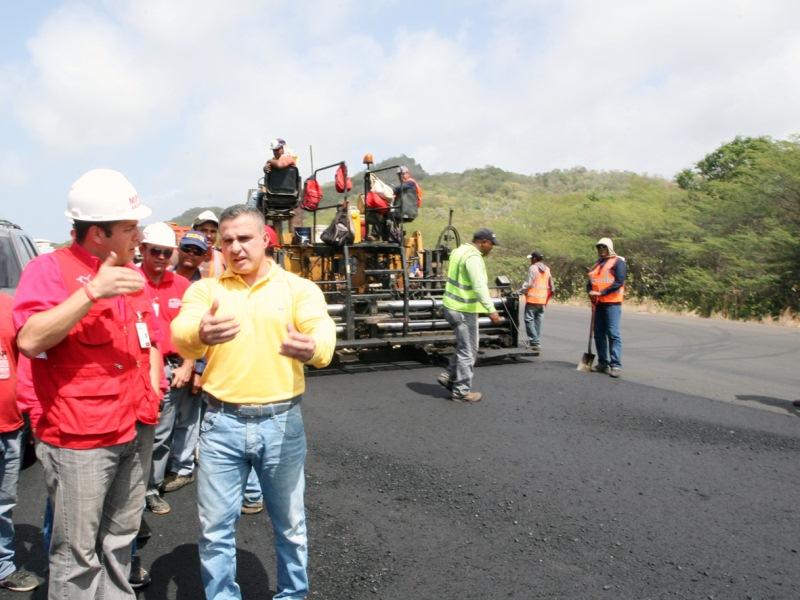 Gobernación gestiona proyectos viales y de  electrificación en Anzoátegui