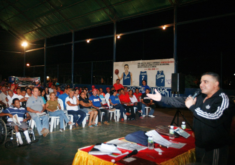Chavismo chequeó planillas 1x10 en Las Casitas