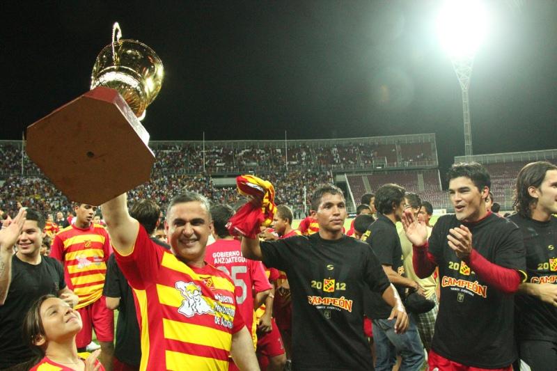Tarek felicita al DANZ por el doblete