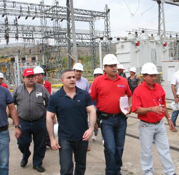 Gobernación invierte recursos para mejoramiento de vialidad y electrificación urbana