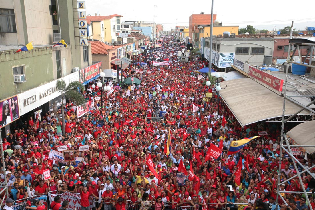 Anzoategui se desbordó en apoyo a Chavez