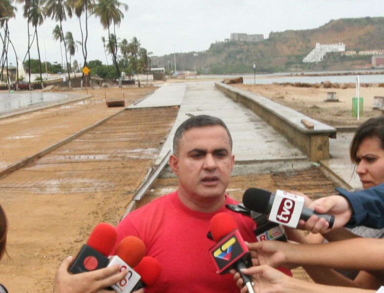 """Tarek inspeccionó avances en ejecución del bulevar """"Eneas Perdomo"""" de Lechería"""