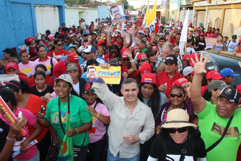 Polo Patriótico marchó en apoyo a Chávez