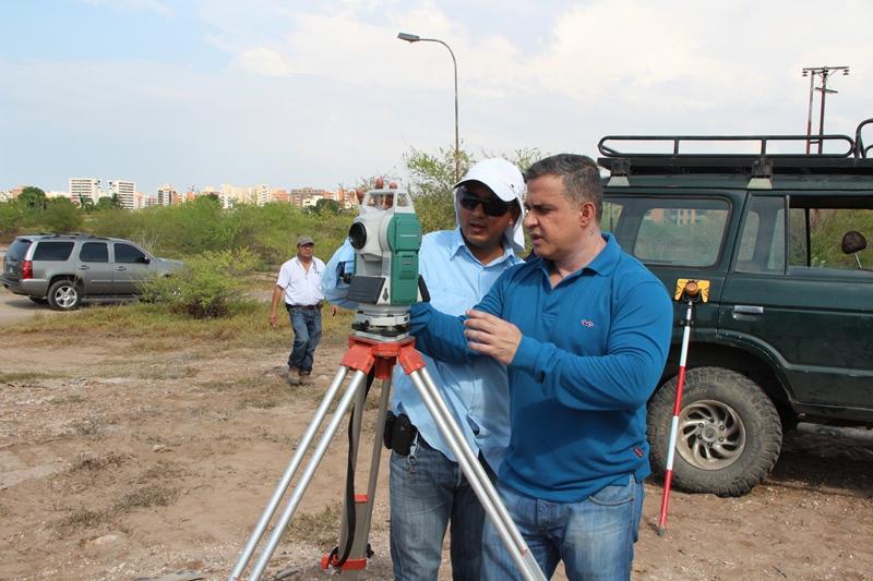 Tarek inició construcción de puente Miguel Noguera