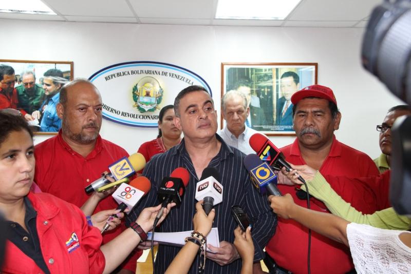 Gobernador Tarek cancela más de Bs. 90 millones en pasivos laborales