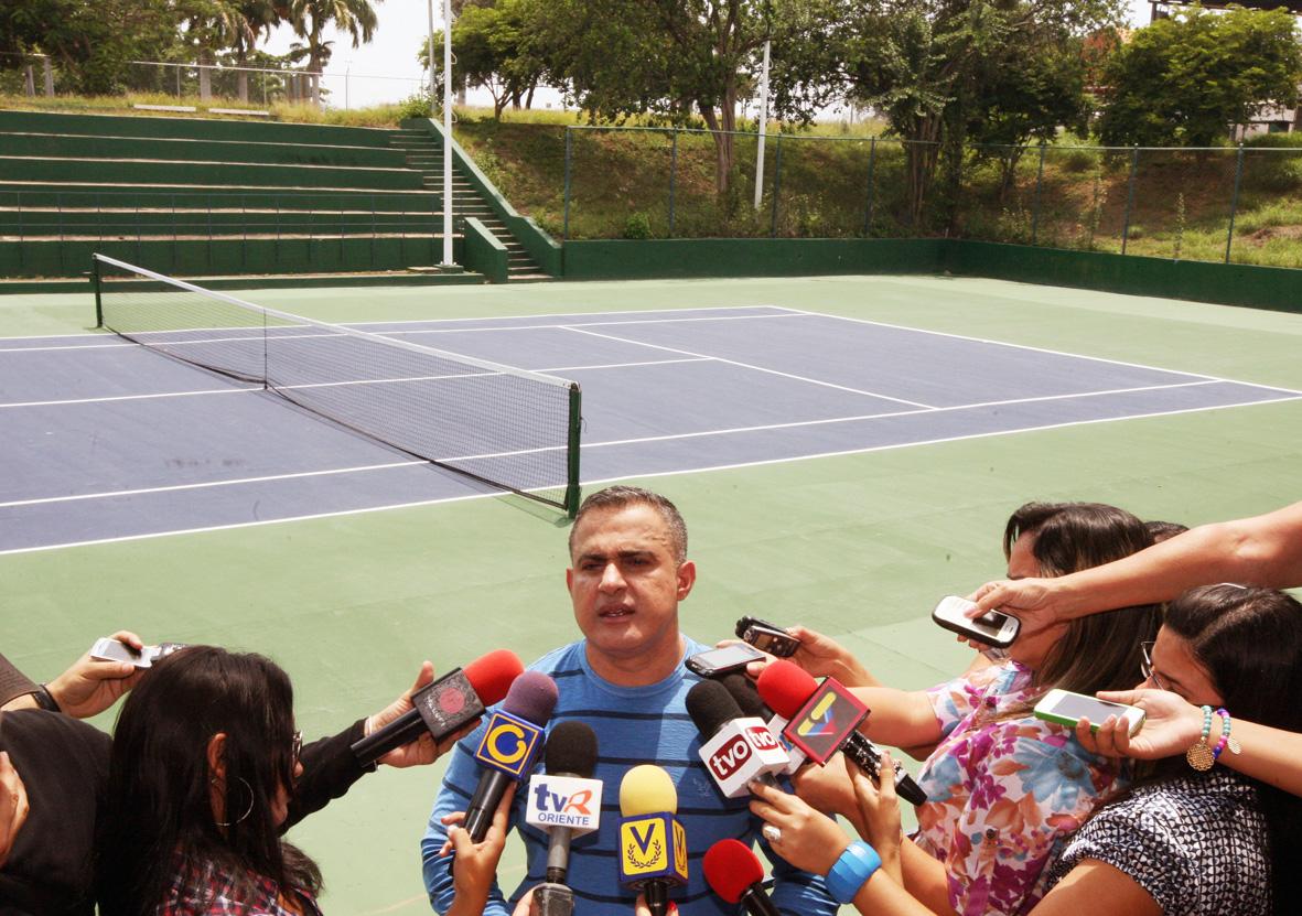 Gobernación avanza en remodelación de canchas de tenis en Polideportivo Libertador Simón Bolívar
