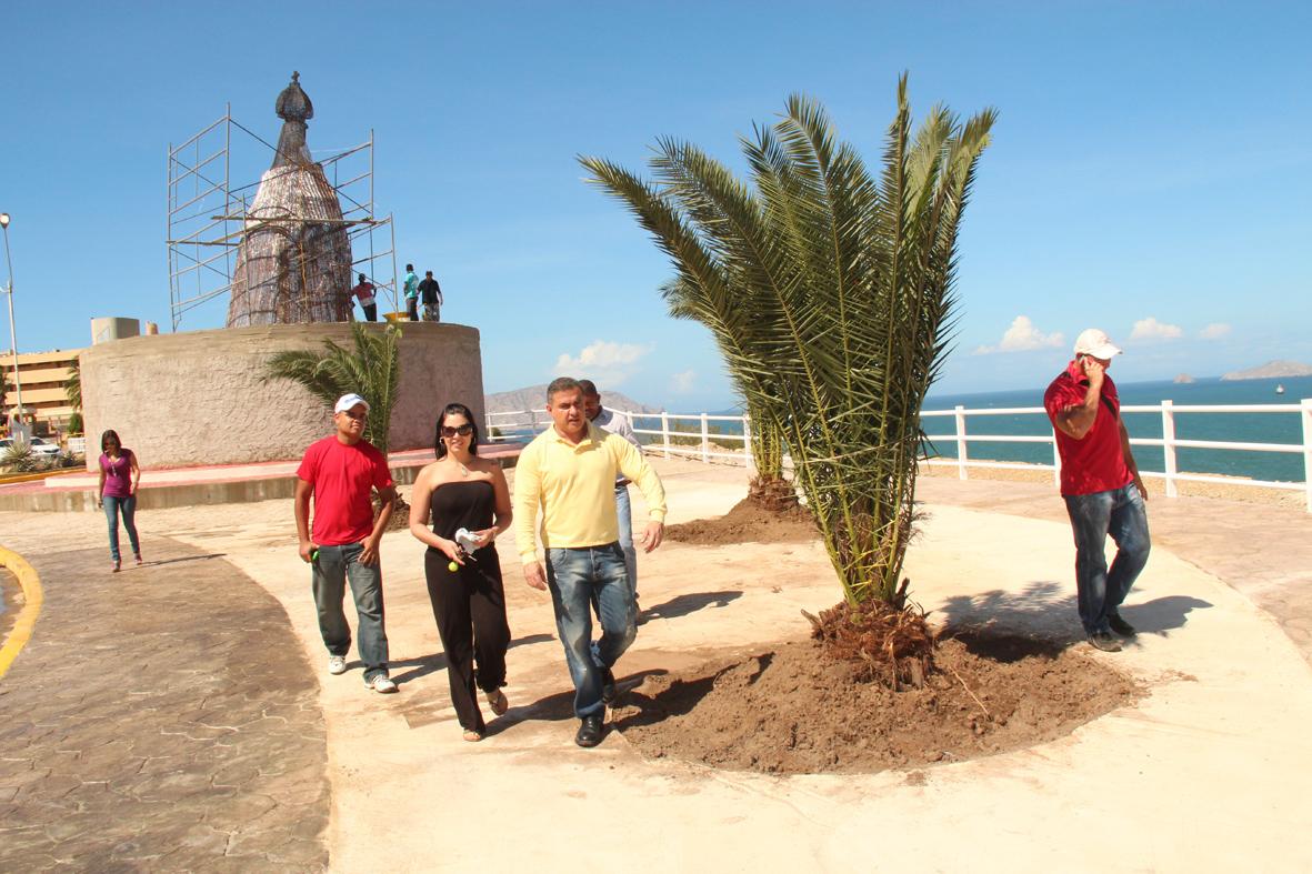Tarek inauguró Mirador en Cerro El Morro