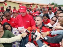 Ministro Ramírez y Gobernador Tarek entregaron 56 viviendas en Anaco