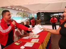 Tarek entregó recursos a 25 Consejos Comunales