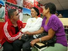 Tarek realizó VI Entrega Masiva de Ayudas Sociales del año 2012