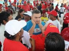 Chavistas afinan maquinaria en Puerto La Cruz