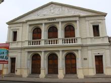 Gobernación de Anzoátegui reconstruyó icónico Teatro Cajigal de Barcelona