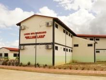 Tarek construyó Liceo Bolivariano en Pariaguan