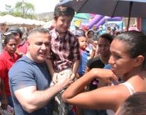Tarek desplegó extensa jornada social en el sector Tronconal III