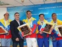 Gobernador Tarek condecoró atletas olímpicos