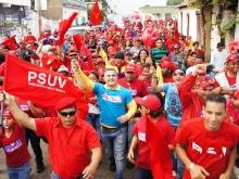 Diez mil patrulleros demostraron su apoyo al candidato Hugo Chávez en Pariaguán