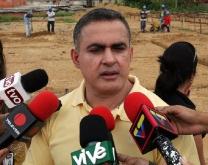 Gobernación coopera con saneamiento del municipio Sotillo
