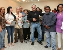 """Tarek inauguró exposición """"Habitantes de los Árboles"""" en homenaje al 27-F"""