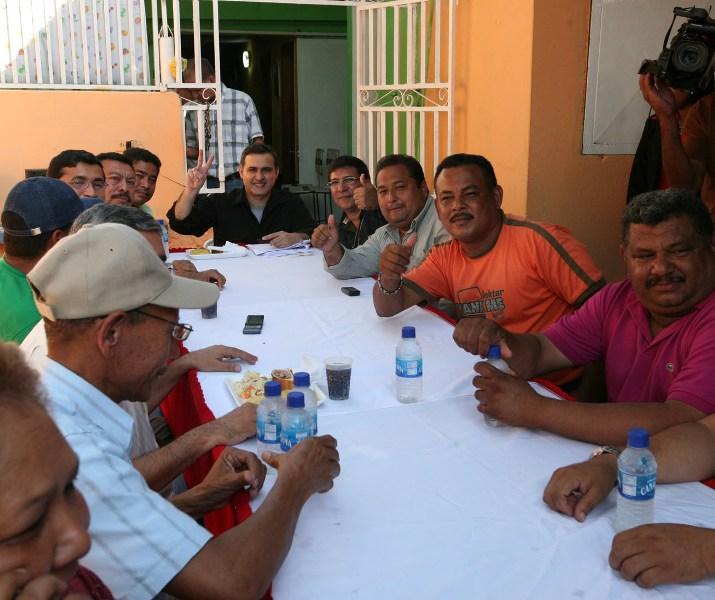 Psuv Anzoátegui compartió almuerzo navideño con dirigentes populares