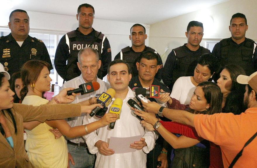Tarek entregó ascensos y barras a funcionarios destacados de PoliAnzoátegui