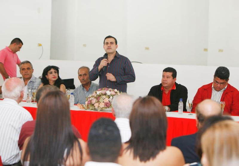 Tarek entregó reparación y mejoras en Centro Social Árabe de El Tigre