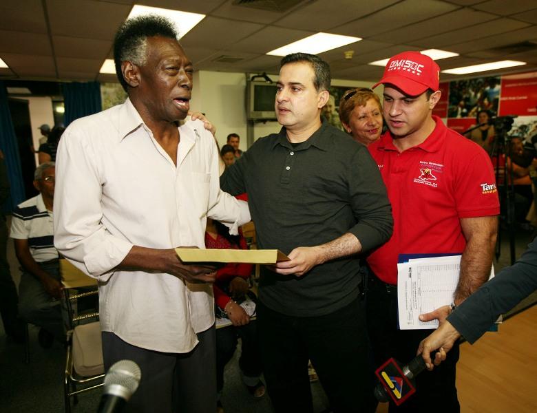 Gobernación ha otorgado más de 37 millones de bolívares fuertes en donativos