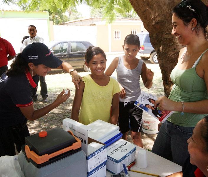 Saludanz realizó operativo médico en Mesones