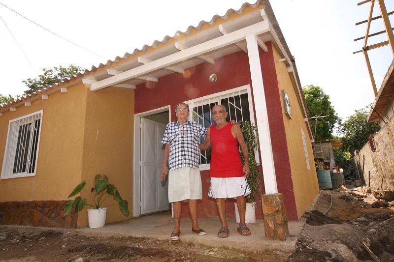 Mercado Socialista Ferretero en Anzoátegui reactiva planes y proyectos habitacionales