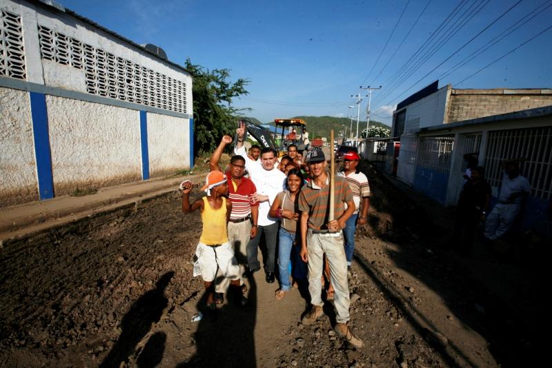 Gobernación ejecutó engranzonado de vialidad agrícola en sector La Vieja-Las Palmeras