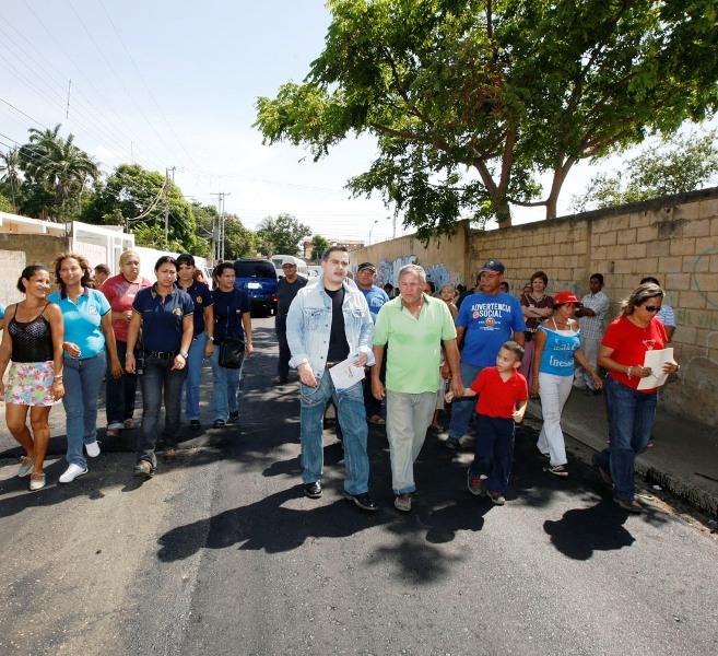 Gobernación recupera vialidad de acceso a embarcadero de pasajeros en barrio El Paraíso