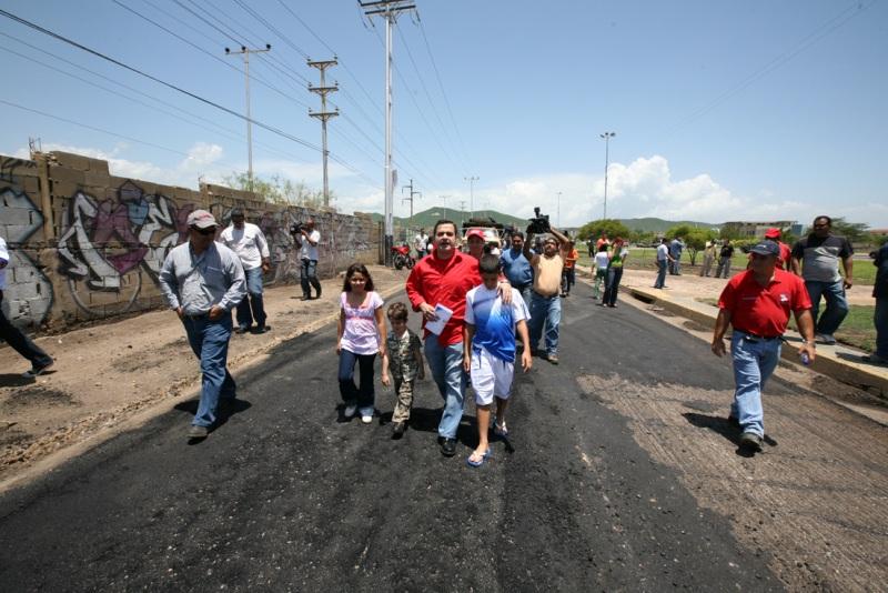 Gobernación rehabilita la vía Potocos - Cerro de Piedra