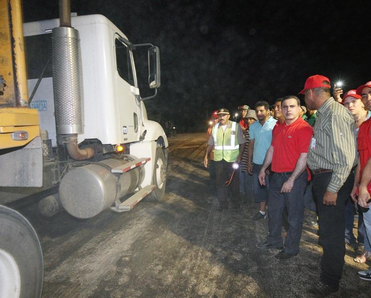 Gobernación sustituye tercera alcantarilla  en la Troncal 9