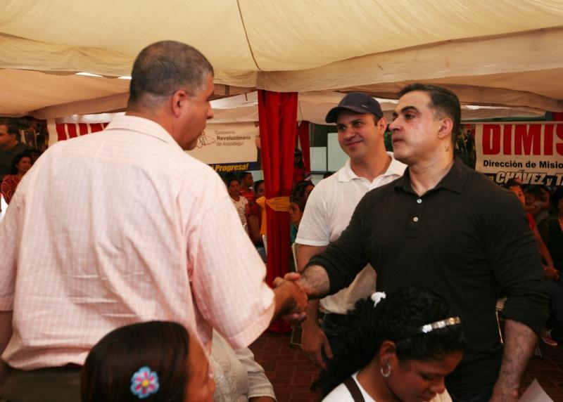 Tarek realizó décima entrega de ayudas médicas masivas