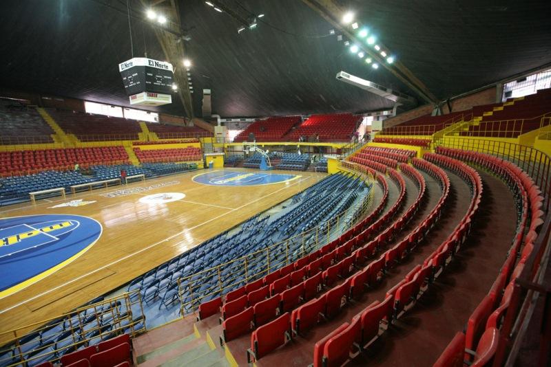 Gobernador Tarek renueva gimnasio cubierto Luis Ramos