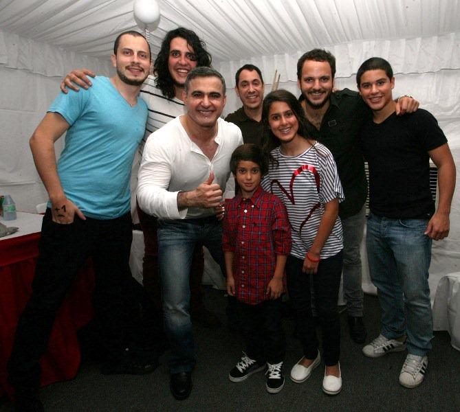 Tarek compartió con Viniloversus y Fordelucs en exitoso concierto de rock nacional