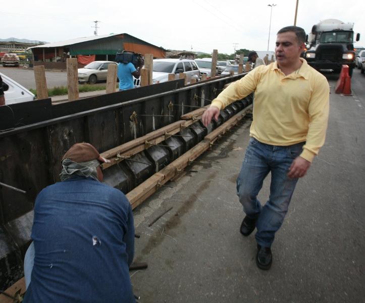 Tarek inspeccionó avance del 25% en trabajos del elevado de Lechería