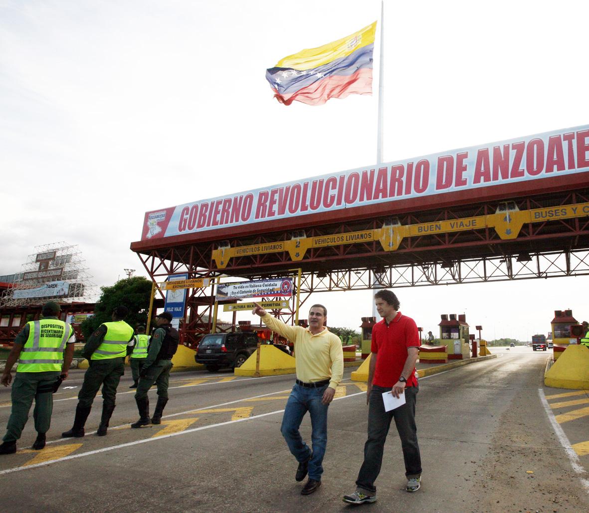 Gobernador anuncia reactivación de la construcción de la autopista de oriente tramo Unare-  Píritu